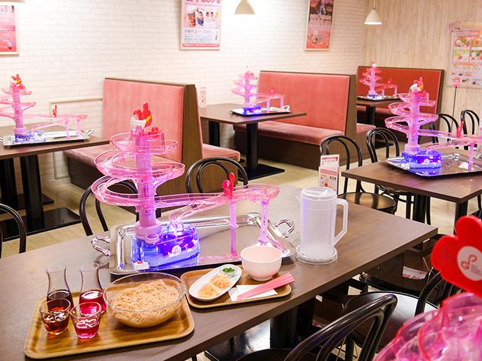 画像:ピンクの『岩下の新生姜流しそうめん』|CAFE NEW GINGER~岩下の新生姜ミュージアムの夏休みイベント~