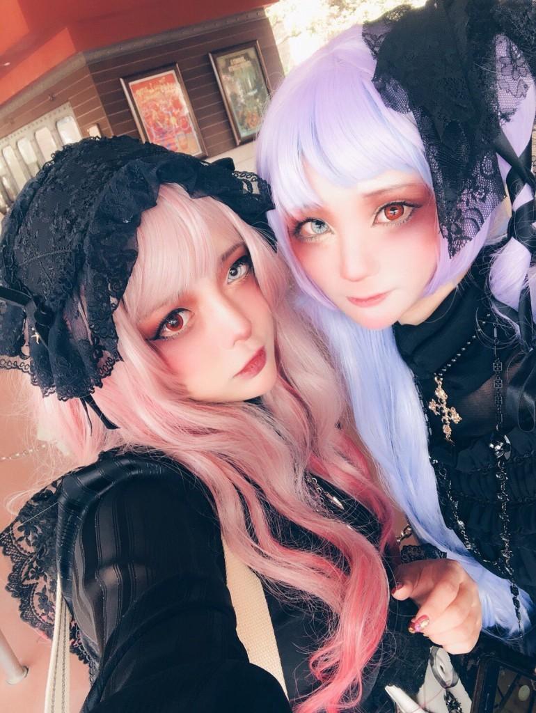 画像:異色肌ギャルのmiyakoさんとソノラマさん